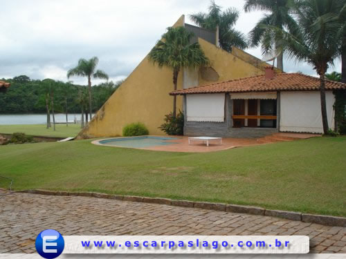 Escarpas do Lago